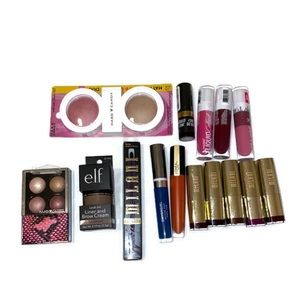 If you like makeup this is for you !!!